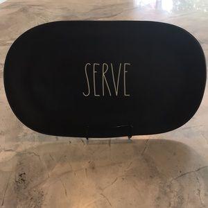 🆕Rae Dunn SERVE Plate